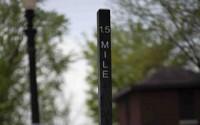 8 Ft Mile Marker
