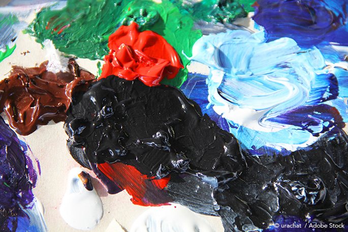 Crafted Palette: Recycling Canvasses Into New Artistic Masterpieces