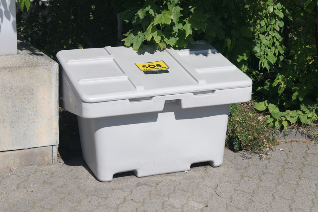 5 Best Qualities of Outdoor Sand and Salt Storage Bins
