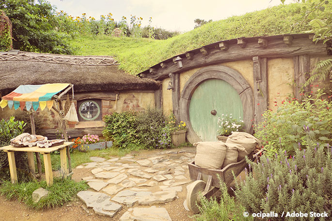 Are Hobbit Holes a Zero Waste Living Solution?